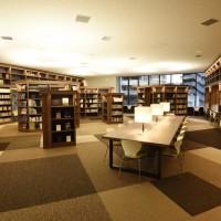s_総合図書館